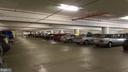 Garage - 4141 N HENDERSON RD #715, ARLINGTON