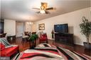 Family room with ceiling fan - 160 BURLEY ST #101, STAFFORD