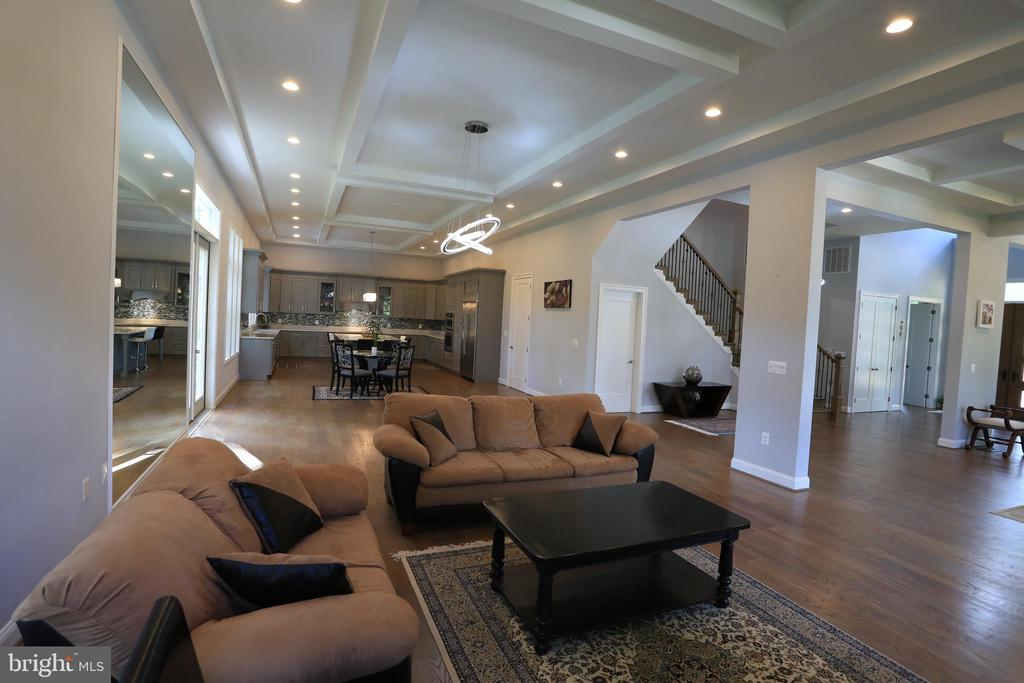 Family Room - 10713 JONES ST, FAIRFAX