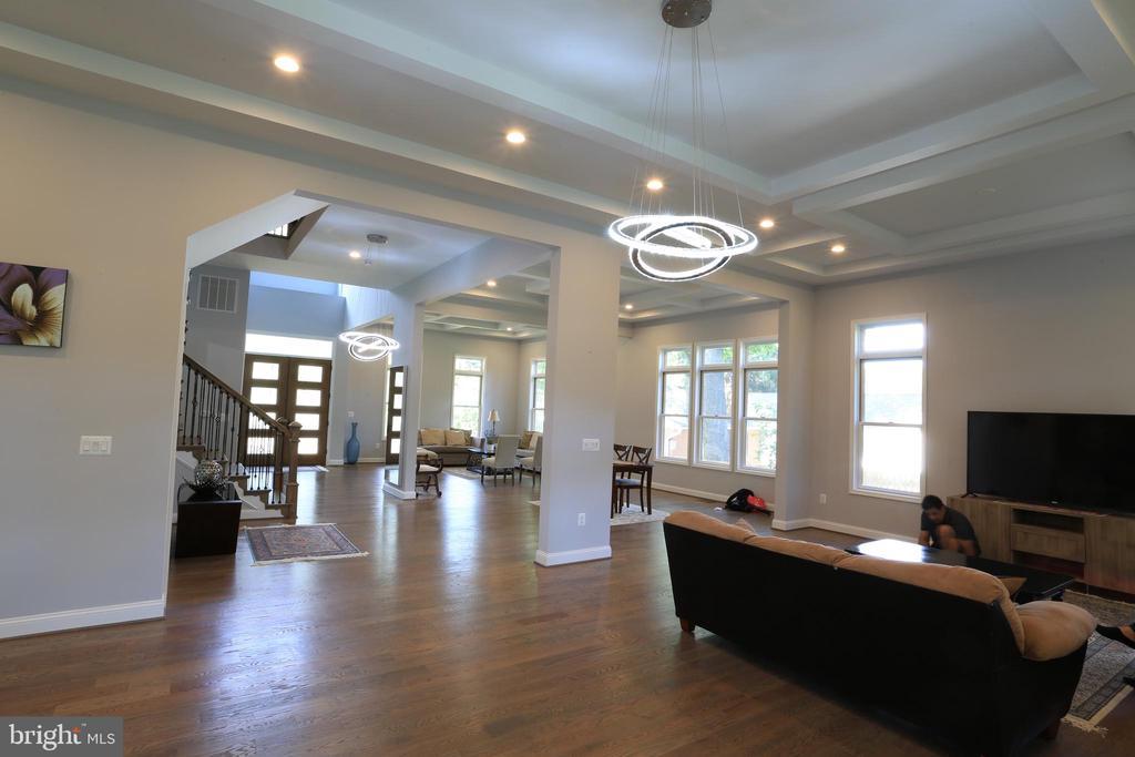 Main Level Living room, Dinning Room, Family Room - 10713 JONES ST, FAIRFAX
