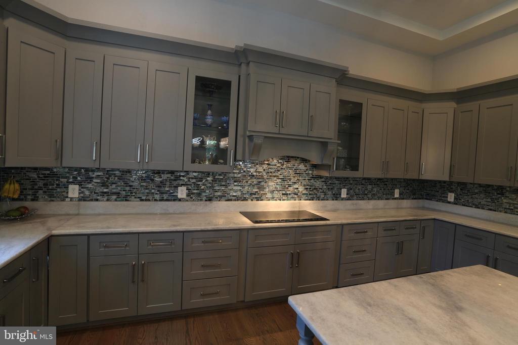 Granite Counter top - 10713 JONES ST, FAIRFAX