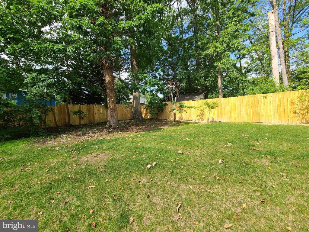 Fenced Back Yard - 10713 JONES ST, FAIRFAX