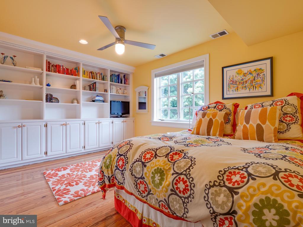 Bedroom - 112 5TH ST SE, WASHINGTON
