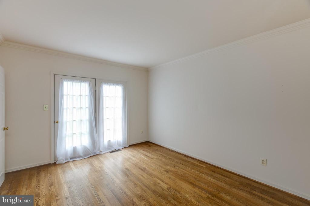 Main level den/office or bedroom - 3208 N TACOMA ST, ARLINGTON