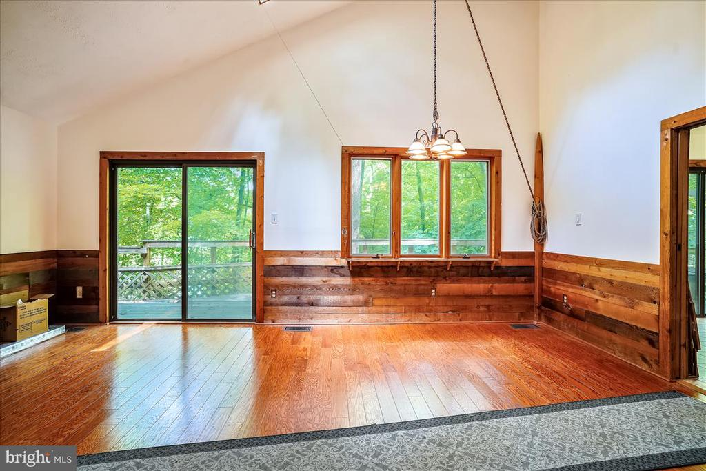New hardwood floors in living areas. - 7447 CLIFTON RD, CLIFTON