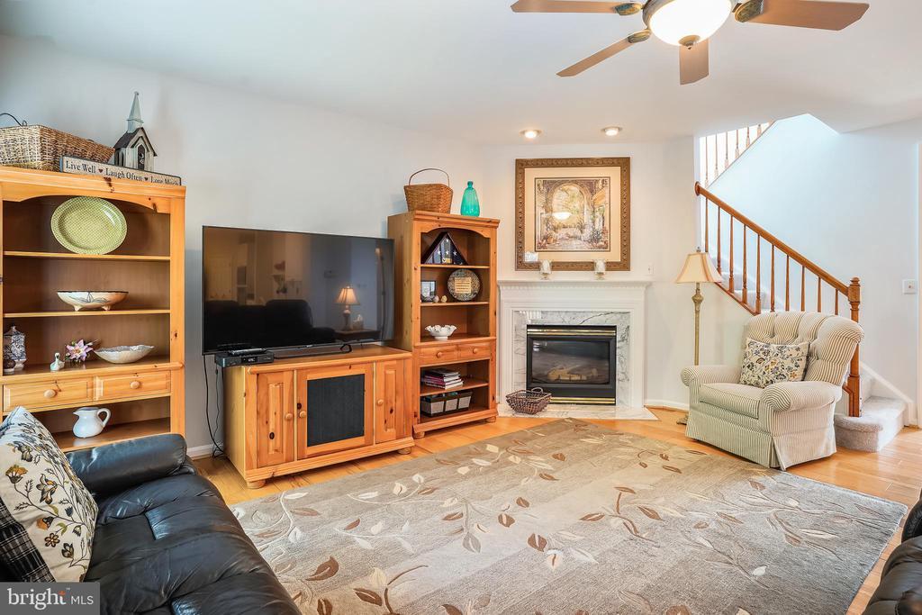 Living Room - 6343 WILLOWFIELD WAY, SPRINGFIELD