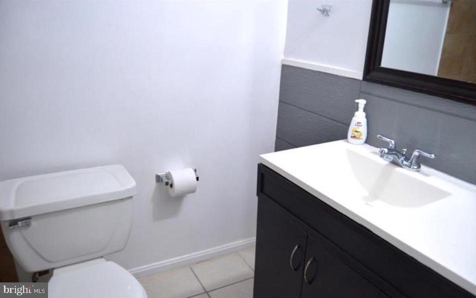 Updated Bath - 12311 BRAXFIELD CT #1, NORTH BETHESDA