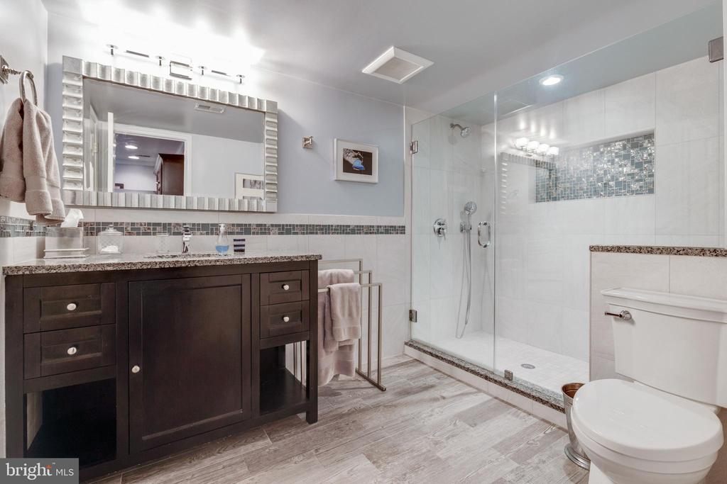 Bathroom #4 in basement (heated floors) - 43266 CANDICE DR, ASHBURN