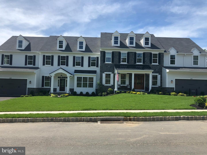 Single Family Homes för Försäljning vid Lafayette Hill, Pennsylvania 19444 Förenta staterna