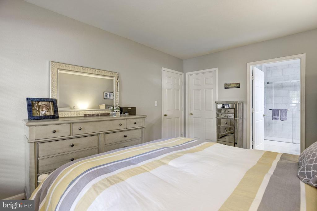 Master Bedroom - 12861 FAIR BRIAR LN, FAIRFAX