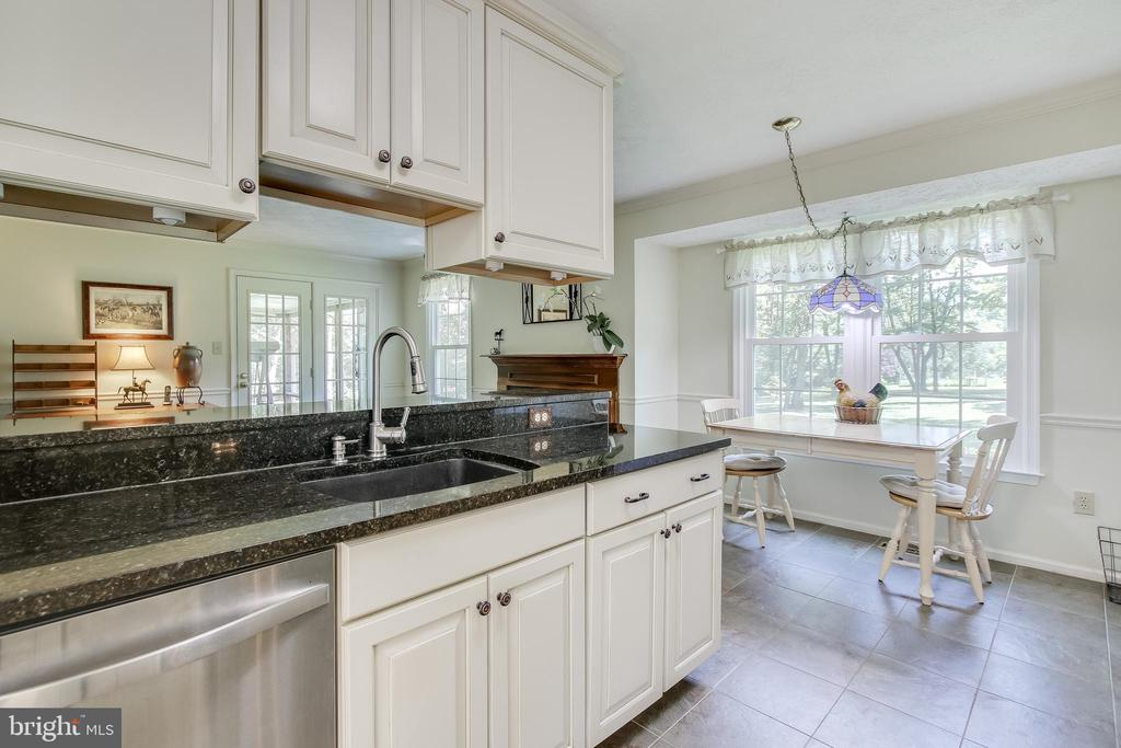 Kitchen was recently updated - 8705-B N PACIFIC CT, MIDDLETOWN