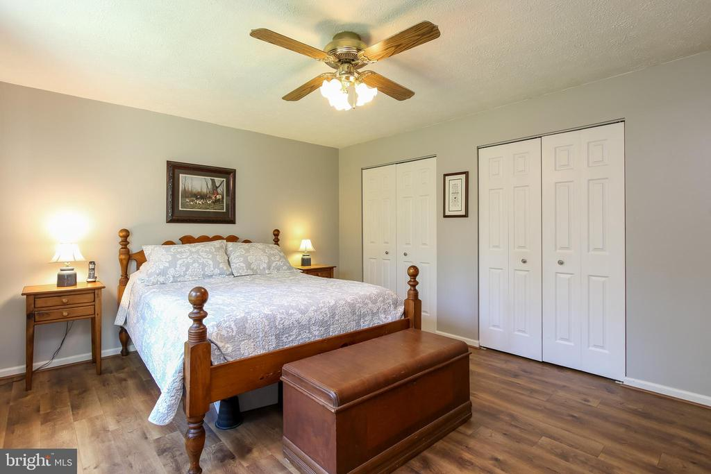 Master bedroom - 15 X 13 - 8705-B N PACIFIC CT, MIDDLETOWN