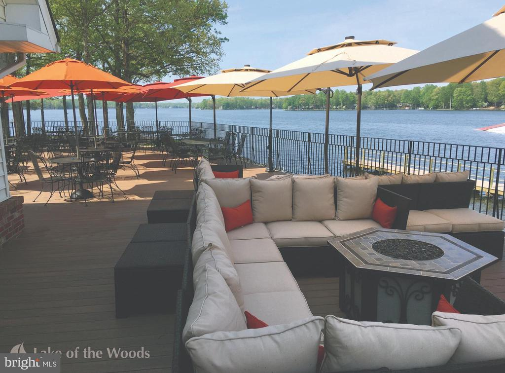 Enjoy a meal on the clubhouse deck - 109 ASHLAWN CT, LOCUST GROVE