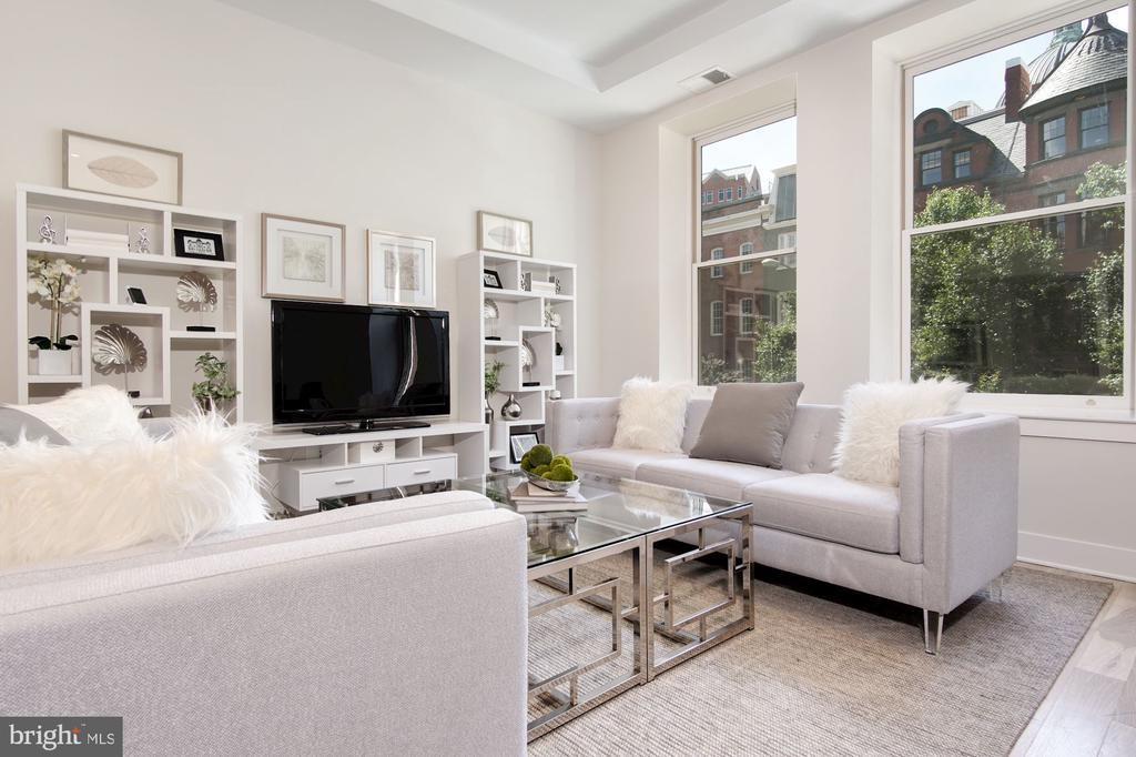 Large living area, incredible views - 1745 N ST NW #211, WASHINGTON