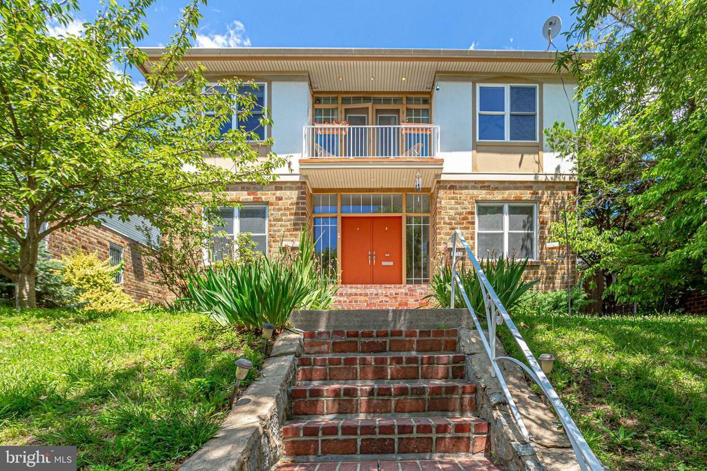 Welcome Home! - 1504 IRVING ST NE, WASHINGTON