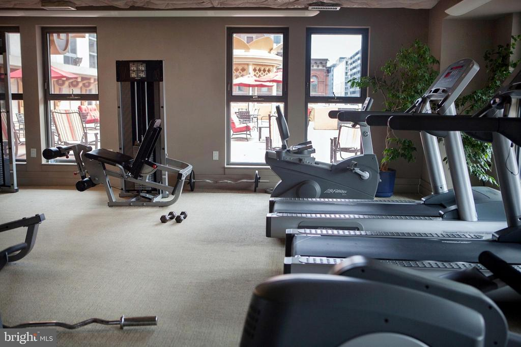 Building Fitness Center West - 777 7TH ST NW #632, WASHINGTON