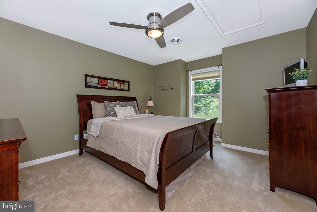 Guest bedroom - 6799 ACCIPITER DR, NEW MARKET