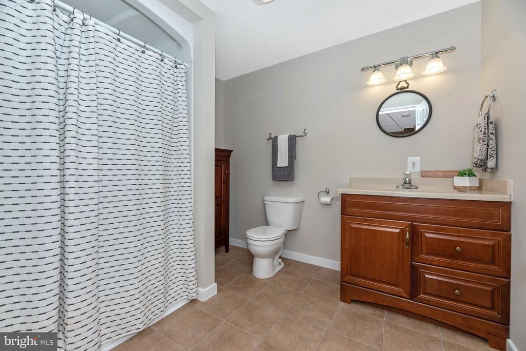 Full bath in basement - 6799 ACCIPITER DR, NEW MARKET