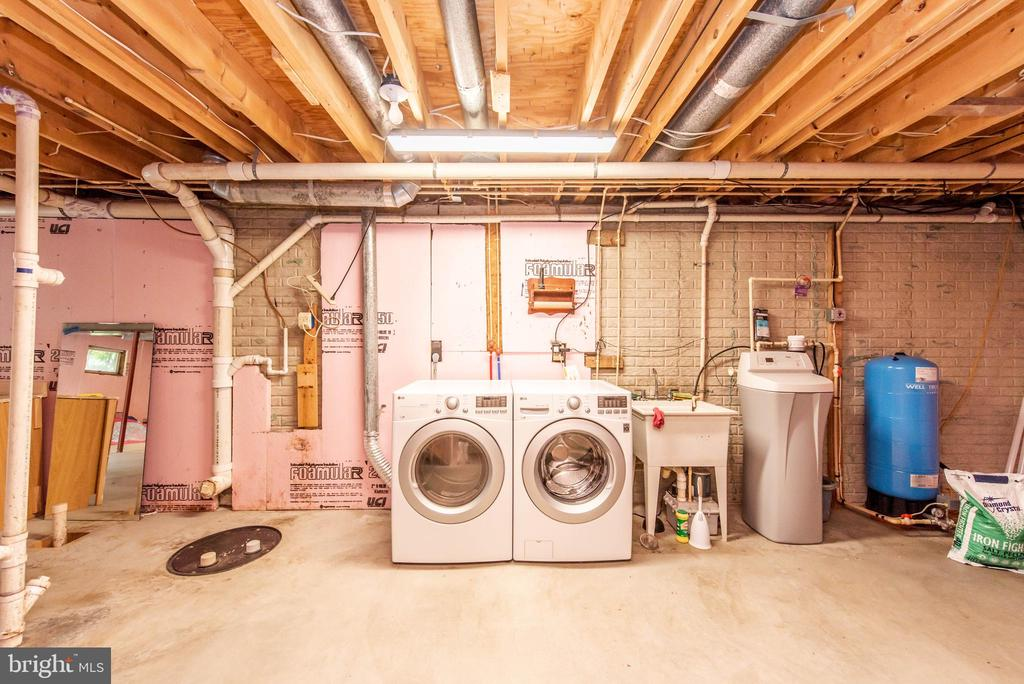 Lower Level Rough-In Bath - 3326 CARLISLE DR, KNOXVILLE