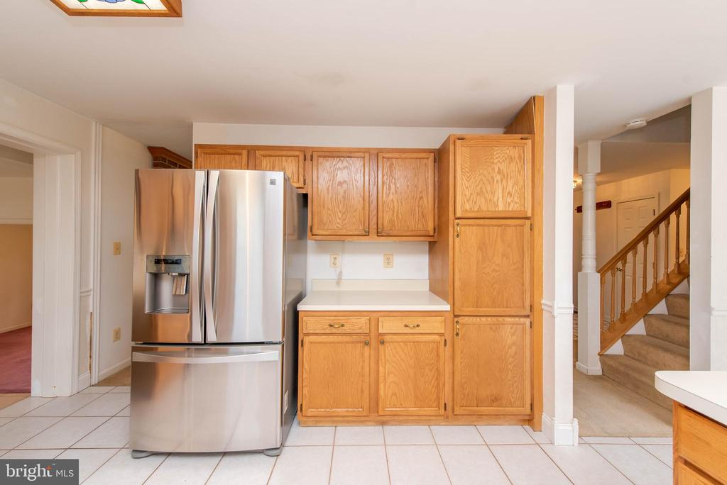 New Refrigerator - 3326 CARLISLE DR, KNOXVILLE