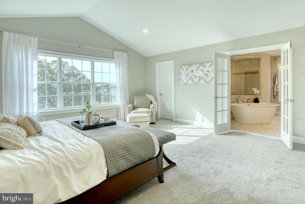 Master bedroom with optional cathedral ceiling - 10674 OLD BOND MILL RD, LAUREL