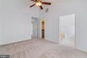 Master Suite with Vaulted Ceiling - 13433 CATAPULT LN, BRISTOW