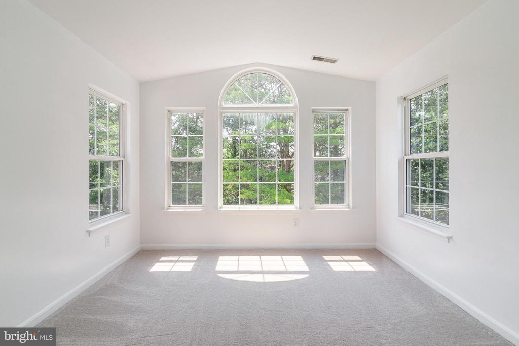 Master Suite Sitting Room - 13433 CATAPULT LN, BRISTOW