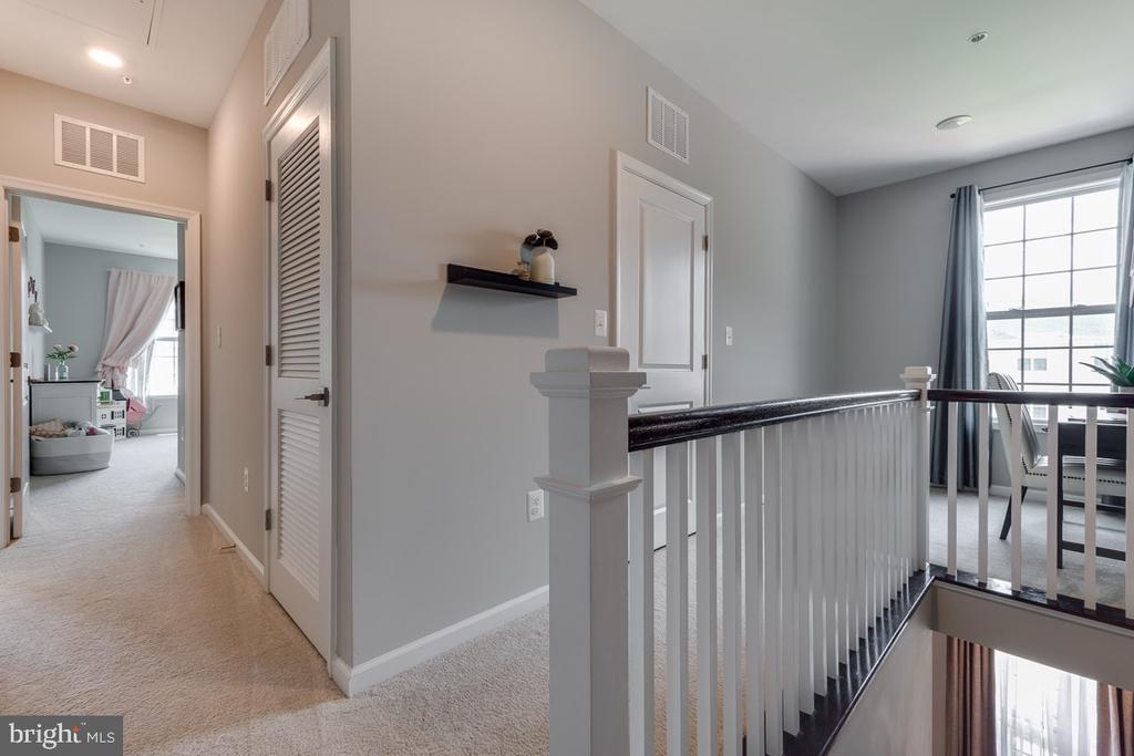 Upper Level Hallway - 43047 STUARTS GLEN TER #116, ASHBURN
