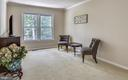 Seating Area in Master with View of Yard. - 2877 FRANKLIN OAKS DR, HERNDON