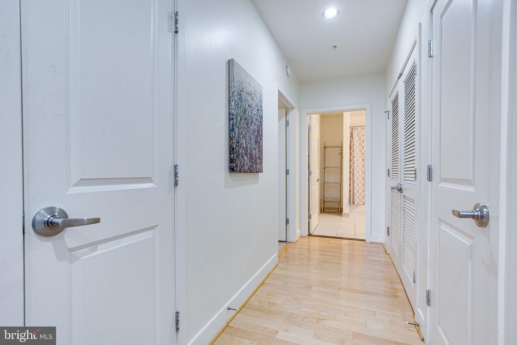 Hallway closet space - 4101 ALBEMARLE ST NW #618, WASHINGTON