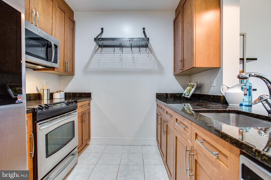 Kitchen - 4101 ALBEMARLE ST NW #618, WASHINGTON