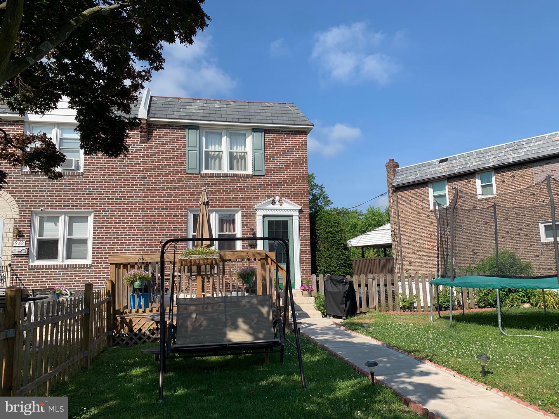 Single Family Homes для того Продажа на Glenolden, Пенсильвания 19036 Соединенные Штаты