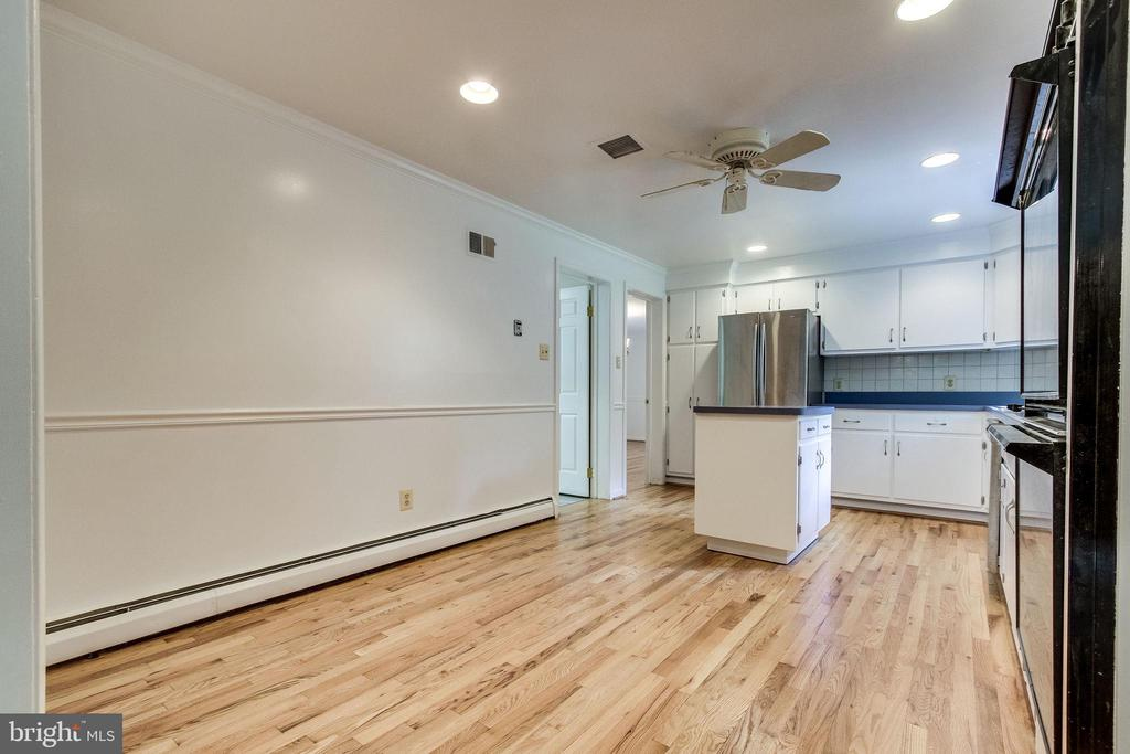 Kitchen with stainless appliances - 7771 CLIFTON RD, FAIRFAX STATION