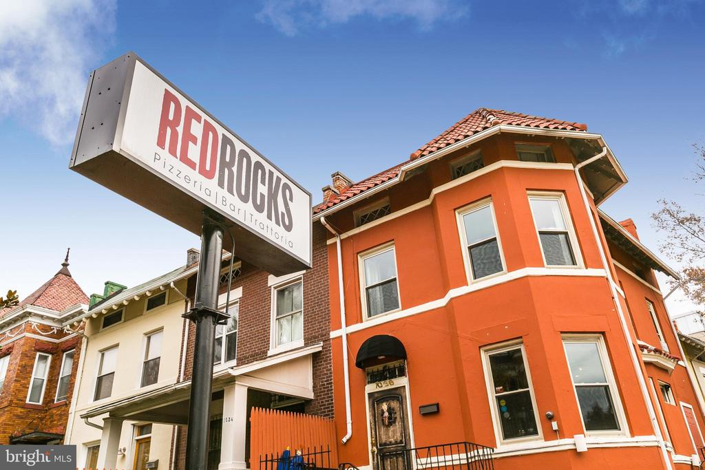 Red Rocks, another nearby favorite - 432 MANOR PL NW #2, WASHINGTON