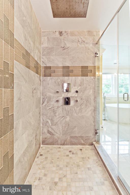 Shower in Master Bath - 3000 12TH ST S, ARLINGTON