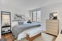 Main bedroom with full bath and walk-in closet - 851 N GLEBE RD #1104, ARLINGTON