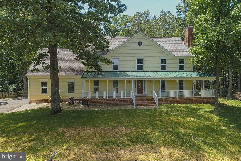 Single Family Homes para Venda às Gainesville, Virginia 20155 Estados Unidos