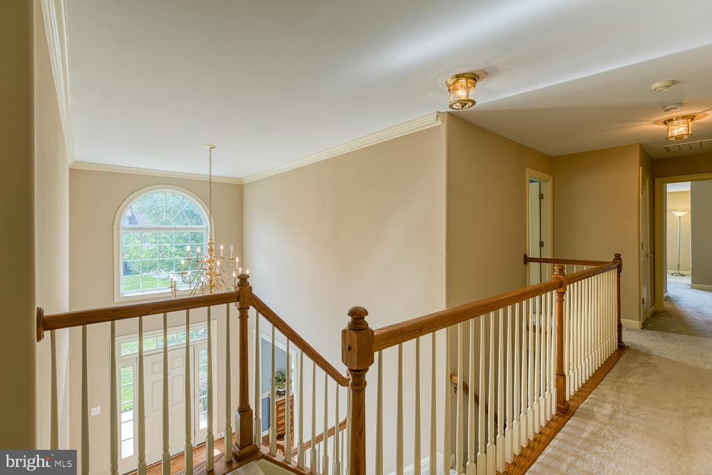 Open Foyer/Upstairs Hallway - 6 MOUNT ARARAT LN, STAFFORD