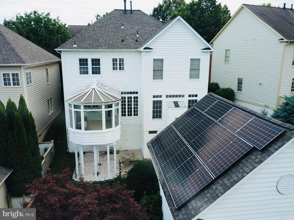 Drone Shot Rear Sunroom and Maple Tree - 618 LINSLADE ST, GAITHERSBURG