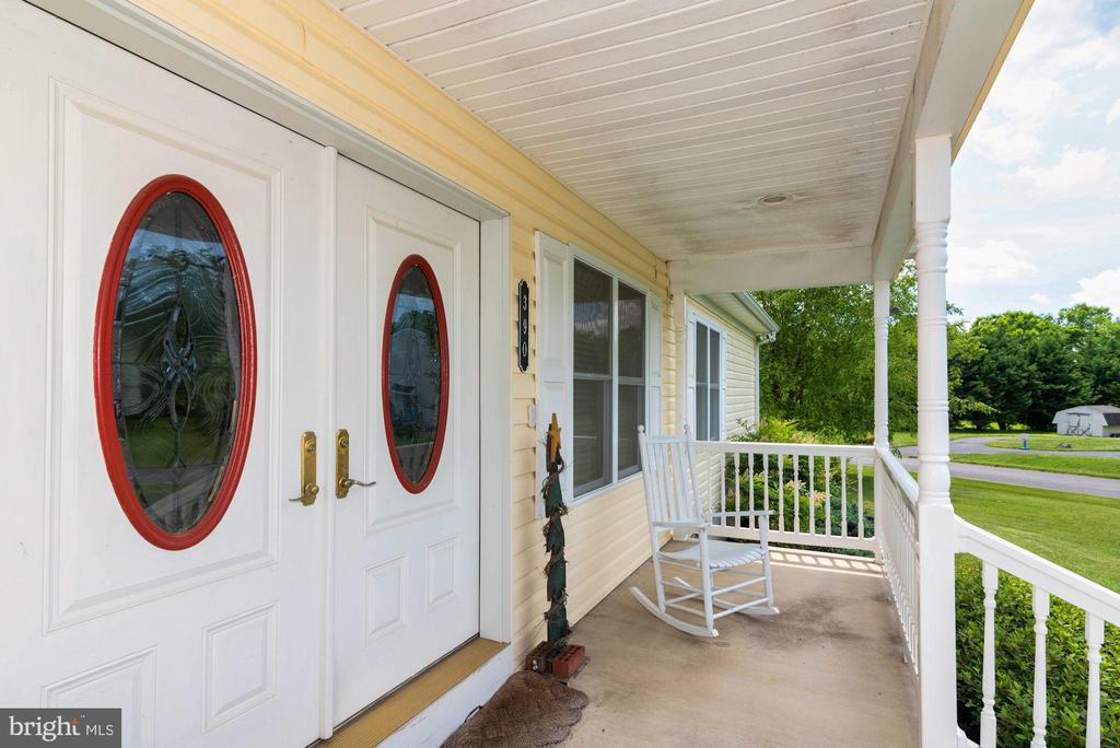 DOUBLE DOORS - 390 NANSFIELD DR, HARPERS FERRY