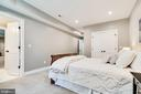 Bedroom #4 on lower level - 8720 PLYMOUTH RD, ALEXANDRIA