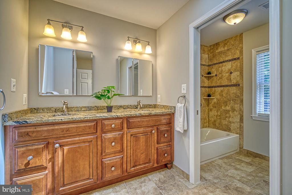 Bathroom 3 upper level - 12302 CANNONBALL RD, FAIRFAX
