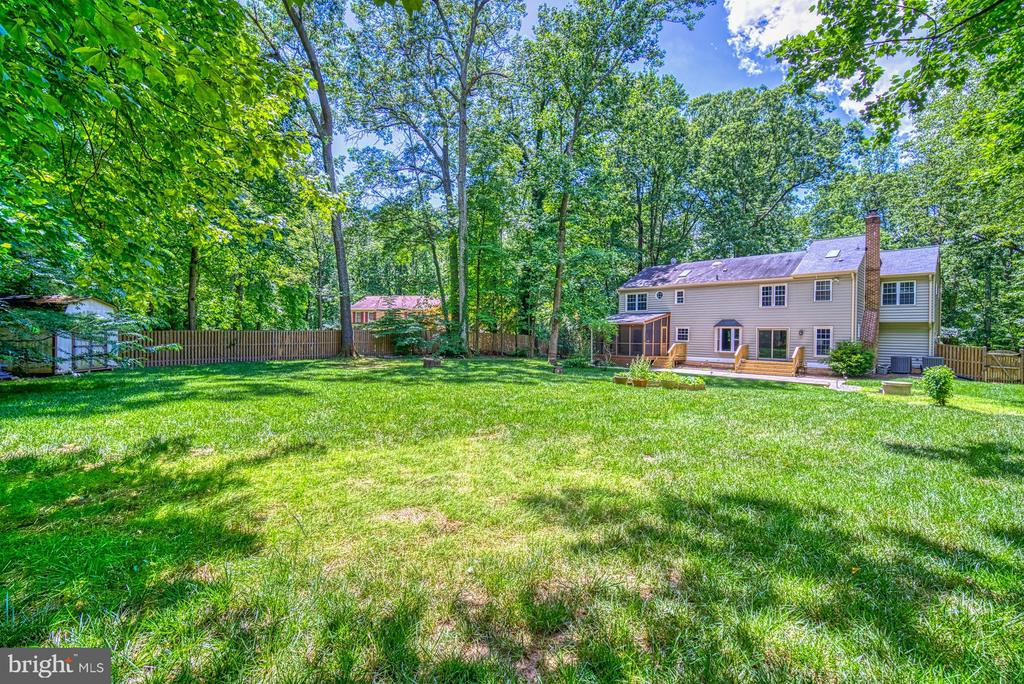 0.63 acre property 2-miles from Fairfax Corner - 12302 CANNONBALL RD, FAIRFAX
