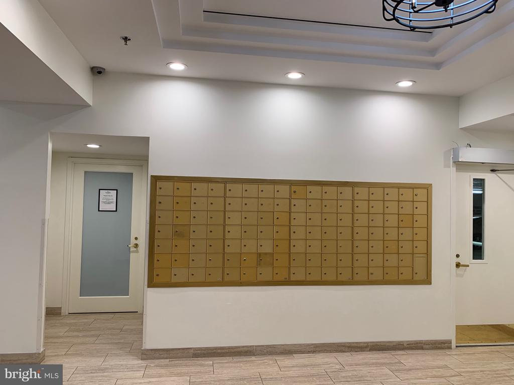 Mailbox and Manager's Office in Lobby - 24 COURTHOUSE SQ #810, ROCKVILLE