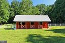 TWO STALL BARN WITH FEED AND SEPARATE TACK ROOM - 11800 LAKEWOOD LN, FAIRFAX STATION