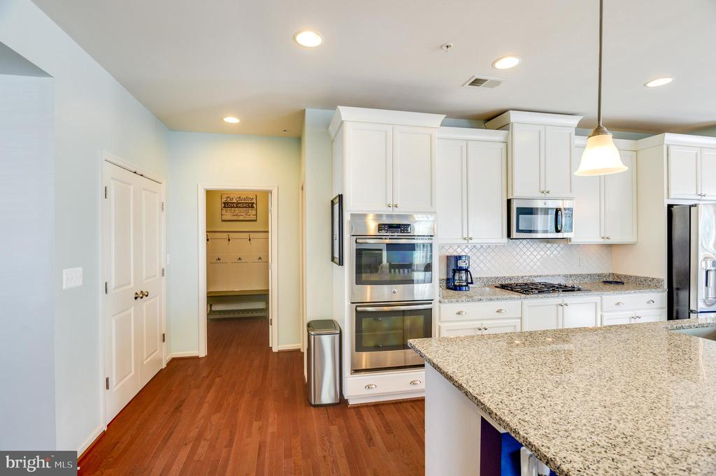 - 431 ORCHARD CREST CIR, NEW MARKET