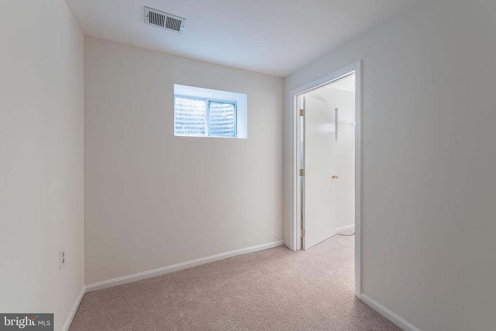 2nd Bonus Room in Basement - 10227 QUIET POND TER, BURKE