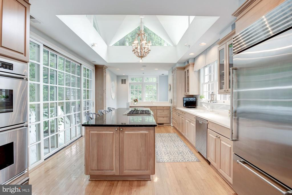 Kitchen with Vaulted Ceiling - 5212 UPTON TER NW, WASHINGTON