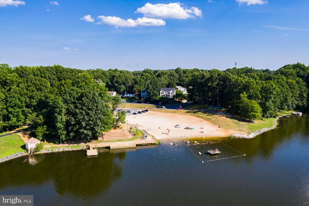 - 15752 WIDEWATER DR, DUMFRIES