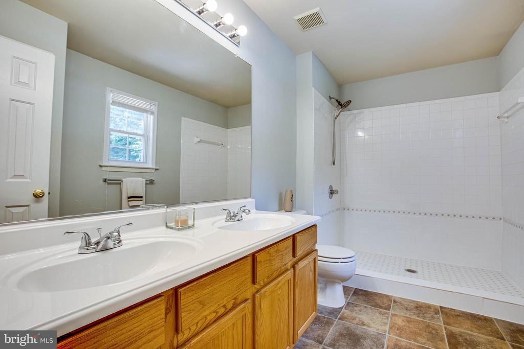 Brand New shower in Owner's Suite - 120 CASCADE LN, FREDERICKSBURG